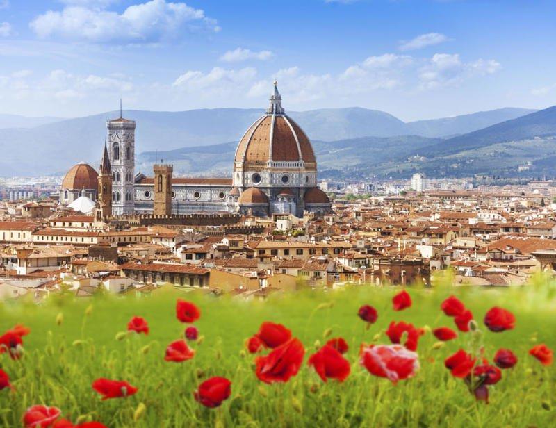 قرية إيطالية ساحرة تدفع المال لمَن يسكن فيها!