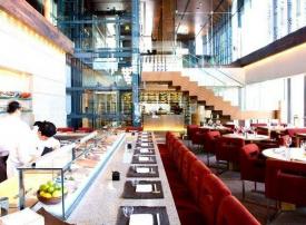 """أفضل 10 مطاعم لعقد صفقات خلال """"غداء عمل"""" في دبي"""