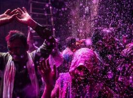 """صور من احتفالات الهندوس بعيد """"الهولي"""""""