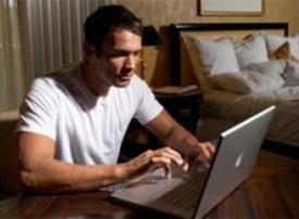 السماح لشركتي اتصالات ودو في الإمارات بتوفير المكالمات الدولية عبر انترنت