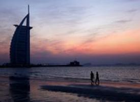 تراجع عدد السائحين في دبي بنسبة 5.7% خلال الربع الثالث من 2009