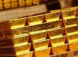 الذهب يصعد مع تراجع الدولار والبلاديوم يبلغ ذورته في 17 عاما