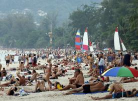 تايلاند تحظر التدخين وإلقاء النفايات في 24 شاطئا سياحيا