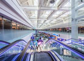 مطار دبي.. الأكثر ازدحاماً بالمسافرين الدوليين في العالم