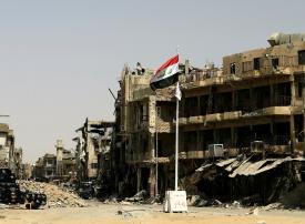 الكويت تتعهد بملياري دولار لإعادة إعمار العراق