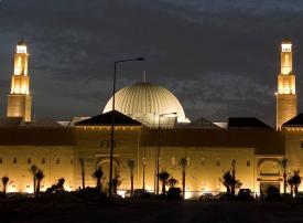 ابتهاج وفرح باستقبال مساجد  السعودية المصلين