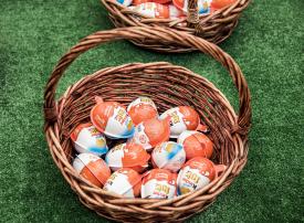 في أضخم تحدي من نوعه في الإمارات، مارينا مول أبوظبي يخفي 45 ألف بيضة كندر في أرجاءه احتفالاً بعيد الفصح