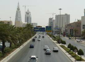 السعودية: تحصيل رسوم على الطرق السريعة لن يبدأ قبل 2020
