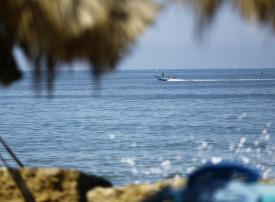 الفلسطينيون يسيّرون أول رحلة بحرية من قطاع غزة لكسر الحصار