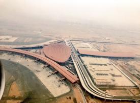 بالصور: أولى رحلات مطار الملك عبدالعزيز الجديد اليوم