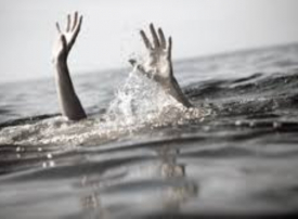 حادث مأساوي: شقيقتان تفقدان طفليهما في بركة سباحة بدبي