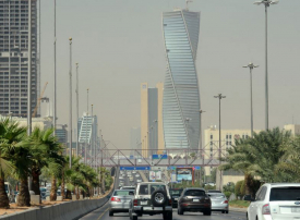 السعودية: إلزام صاحب العمل بالتأمين الطبي على الموظف من بداية توقيع العقد