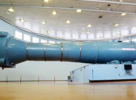 مرشحو برنامج الإمارات لرواد الفضاء يجرون فحوصا طبية في روسيا