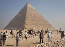 مصر ترفع أسعار دخول الأجانب للمواقع الأثرية