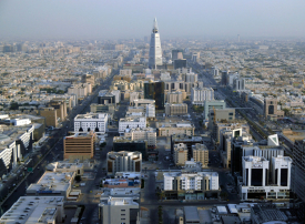 ارتفاع نسبة بطالة السعوديين.. وانخفاض جديد بنسبة العاملين بالقطاع الخاص
