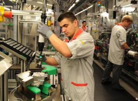 ألمانيا تفتح باب تأشيرات الهجرة لسد النقص في اليد العاملة
