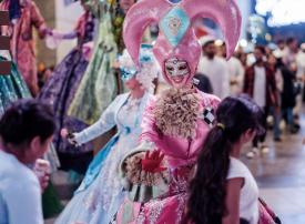 بالصور : أجواء فينيسيا تصل إلى دبي