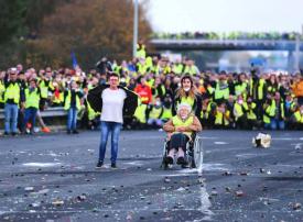 بالصور : احتجاجات متواصلة ضمن حركة السترات الصفراء الفرنسية