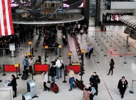 حظر السفر يمنع أما يمنية من زيارة طفلها المحتضر في مستشفى أمريكي