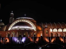 بالصور : أكبر مسجد وكنيسة في مصر