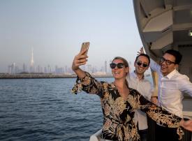 طرق دبي تطلق مساراً جديداً لخدمة الفيري بين دبي مول و مارينا مول