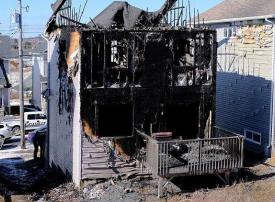 دعم منقطع النظير لزوجين سوريين فقدا أبناءهما السبعة في حريق بكندا