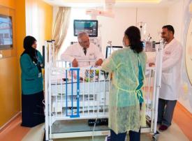 مستشفى توام  يوضح حالة الطفلة لين التي سقطت من الطابق العاشر