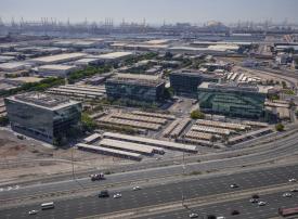 دبي تستحوذ على 30 % من إجمالي المناطق الحرة في الشرق الأوسط