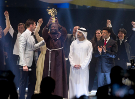 دبي: فوز  بيتر تابيشي من كينيا  بجائزة  أفضل معلم في العالم