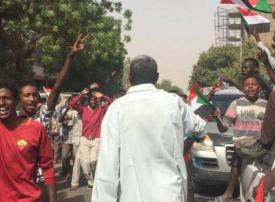 احتفالات تعم شوارع السودان بعد الإعلان عن بيان هام