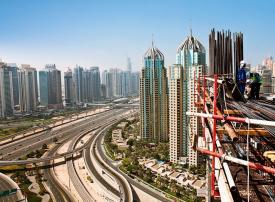 دبي: تعويض المستثمرين والمشترين إيجار سنة من المشاريع المتأخرة
