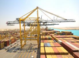 الشورى السعودي يطالب بدراسة إمكانية إقامة منطقة تجارية حرة في ميناء الملك عبدالله