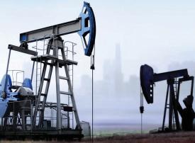 النفط يهبط أكثر من 3% عند مستوى 64.4 دولار للبرميل