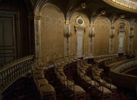 هبة إماراتية تعيد لمسرح فونتانبلو الفرنسي فخامته الأصلية