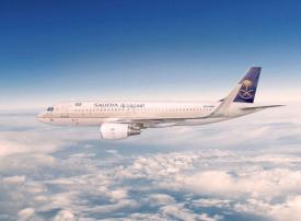 الخطوط الجوية السعودية تغير مسار رحلاتها بعيدا عن خليج عُمان ومضيق هرمز