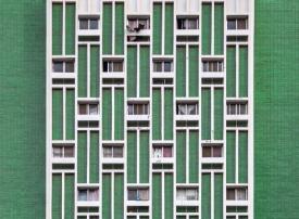 بالصور : مصور فوتوغرافي يوثق التراث المعماري الإماراتي