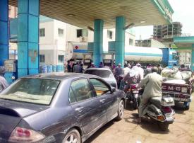لماذا رفعت مصر أسعار الوقود للمرة الخامسة؟