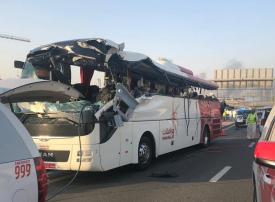 دبي.. الإفراج عن سائق حافلة عُمان بكفالة