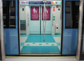 دبي: الإنتهاء من تغيير موقع عربة النساء والأطفال في المترو