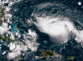 إجلاء عشرات المواطنين الإماراتيين من فلوريدا قبل وصول إعصار دوريان
