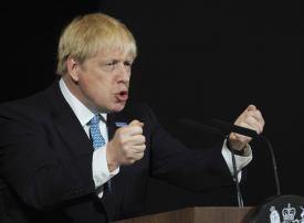 ارتفاع الهجمات ضد المسلمين في بريطانيا بسبب تعليقات جونسون بشأن النقاب