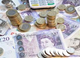الاسترليني يتراجع لأقل مستوى في 3 سنوات دون 1.20 دولار