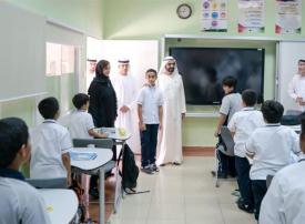 محمد بن راشد يُثني على شجاعة خليفة الكعبي طالب مدرسة كلباء