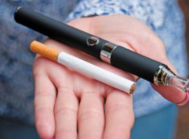 تقرير: مرض نادر مرتبط بالسجائر الإلكترونية