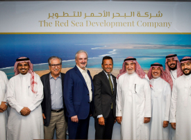 «البحر الأحمر » تتعاقد مع شركتين لتهيئة أرض مدينة الموظفين في المشروع السياحي السعودي الرائد