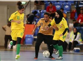 السعودية تشهد أول دوري نسائي لكرة القدم.. وضم لجنة حكام نسائية ضمن اتحاد الكرة