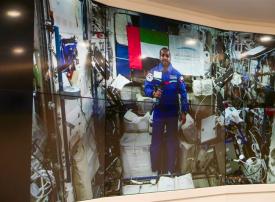 في يومه الثالث.. رائد الفضاء الإماراتي يكشف تفاصيل جديدة