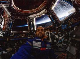 بث مباشر لعودة هزاع المنصوري من الفضاء في دور السينما بالإمارات