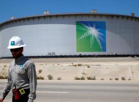 السعودية وروسيا تقودان أكبر تخفيضات إنتاج للخام في العالم