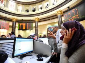 الأسهم المصرية تتراجع وسط مخاوف من التدخل في ليبيا